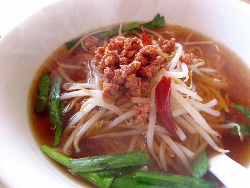 熊谷市三ケ尻「金龍園」の台湾ラーメンと炒飯のセット