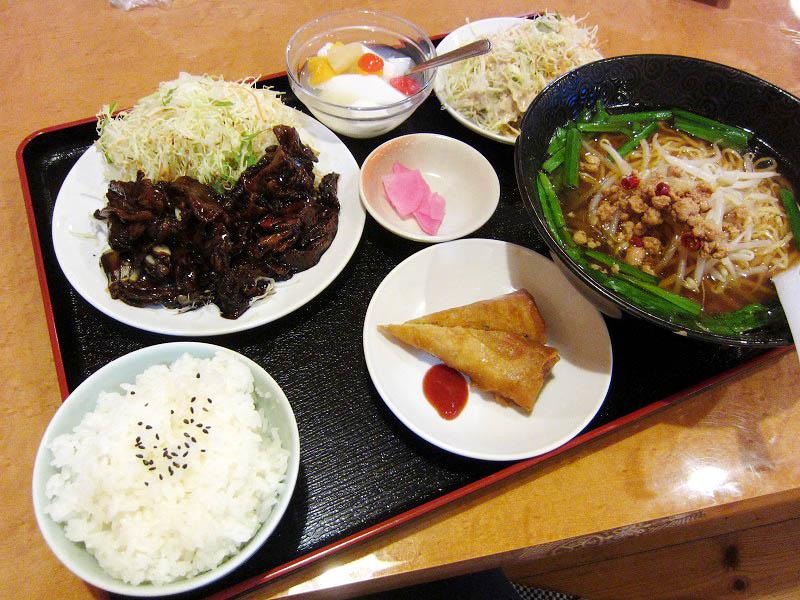 深谷市上野台「紅葉」のコマ焼き定食