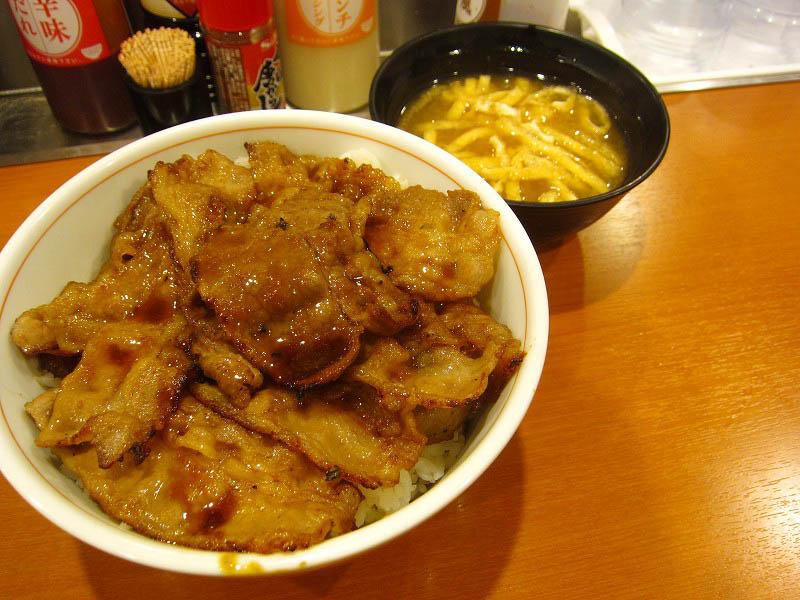 豊島区西池袋1「東京チカラめし 池袋西口2号店」の焼き牛丼 大盛り