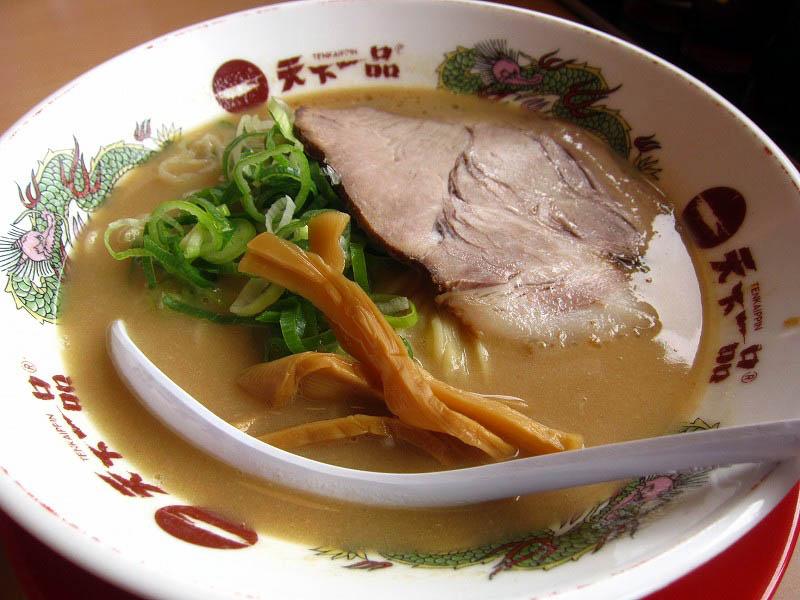 太田市藤阿久町「天下一品 太田店」のこってりラーメンの唐揚げ定食