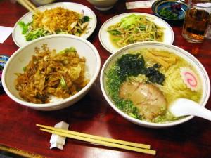 熊谷市筑波2丁目「李家」の定食