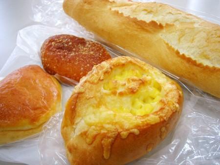 熊谷市上之「ホームベーカリー キタオカ」のフランスパン