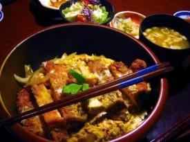 深谷市国済寺「いっちょう」のジャンボチキンカツ丼とミニぶっかけうどん