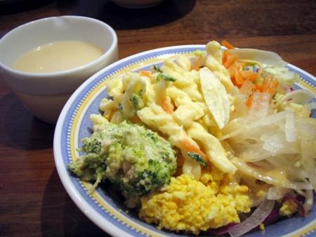 熊谷市小島「ナポリの食卓」のスペシャルナポリ