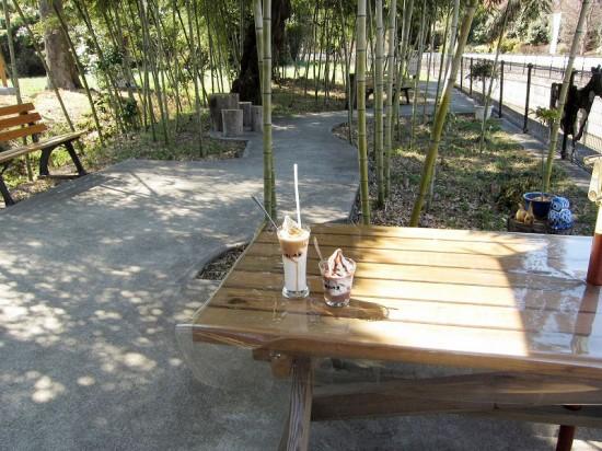 熊谷市上川上「八木牧パークハウス」のクイーンソフトとココアソフト