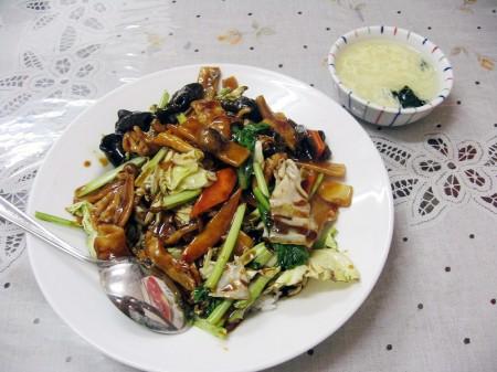 深谷市田中「裕香園」の台湾ラーメンと回鍋飯