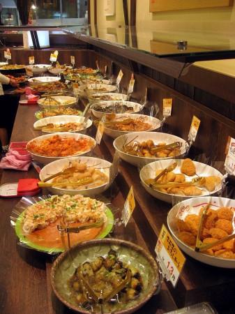 熊谷市銀座ニットーモール内「はなや名彩」の惣菜バイキング
