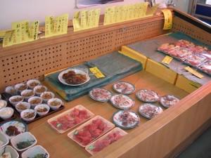 熊谷市青果市場内「市場食堂」の特上握り寿司