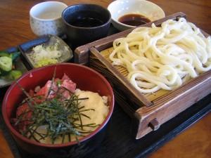 熊谷市新堀食の駅内「めん処 雅」のねぎとろ丼セット