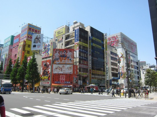 s-akiba01-12