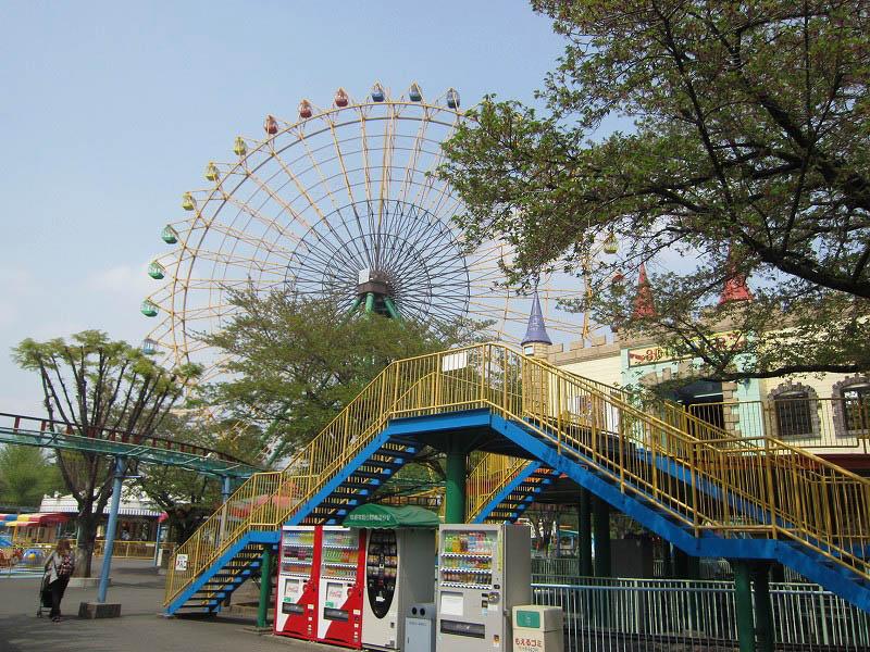 伊勢崎市の遊園地「華蔵寺公園遊園地」 その1