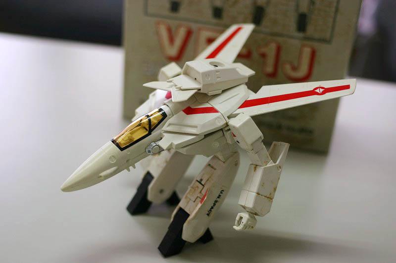 バンダイ マクロス 1/72 ハイコンプリートモデル VF-1J
