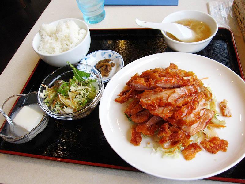 熊谷市代「台湾料理 たんぽぽ」の油淋鶏ランチ