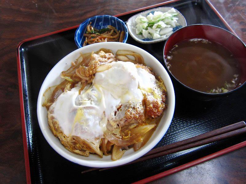 熊谷市小江川「萬来軒」のかつ丼