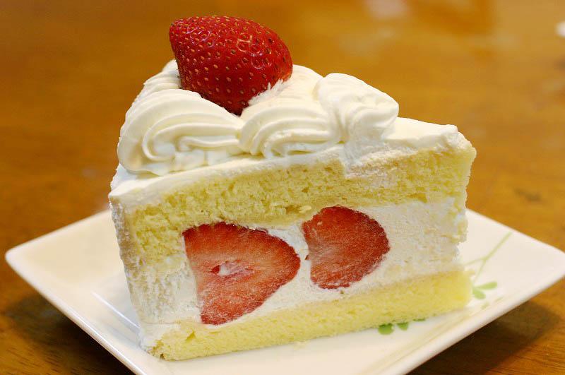 熊谷市河原町2「カフェ・ド・リッチ」のケーキいろいろ
