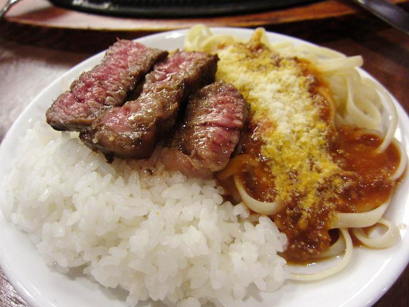 深谷市本住町「カウボーイ家族」のアンガスステーキとハンバーグとスパゲティミートソース食べ放題