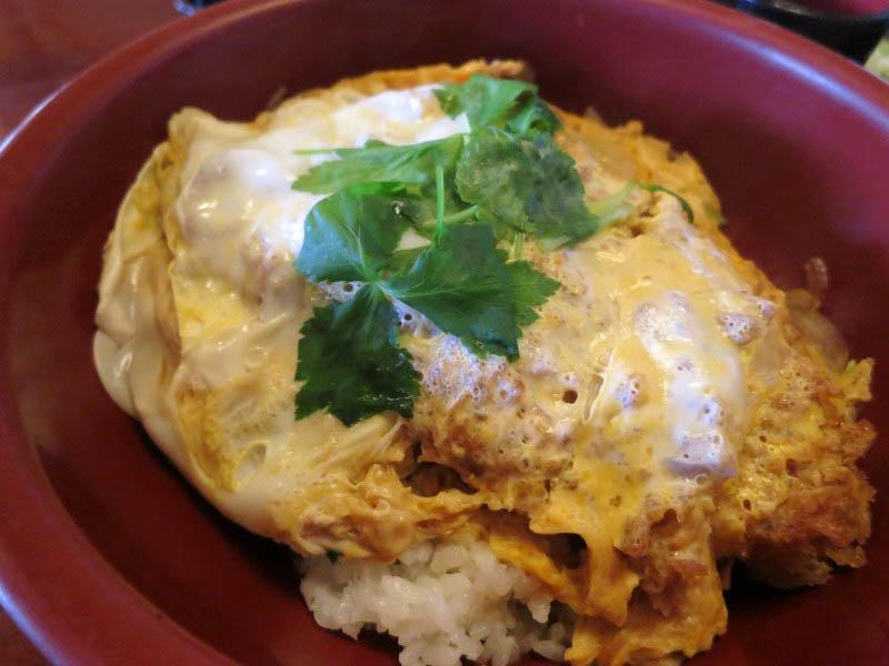 行田市酒巻「大釜」のカツ丼(冷たいおそば付き)と天ざるうどん
