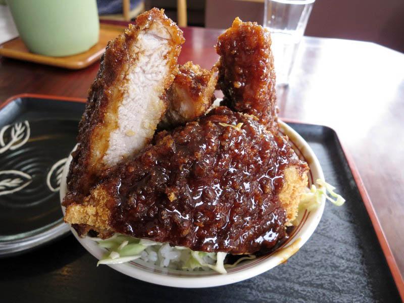 東松山市大字石橋「恵比須屋食堂」の恵比須カツ丼