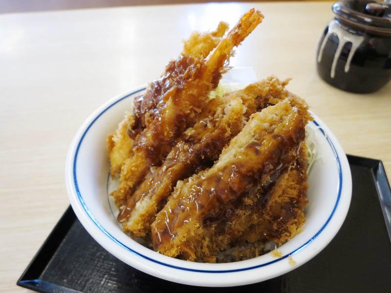 深谷市本住町「かつや」の海鮮・ヒレ・メンチソースカツ丼