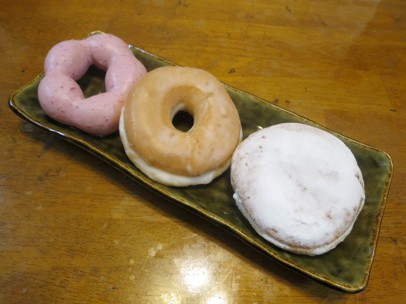 コンビニ「セブンイレブン」の各種ドーナツ