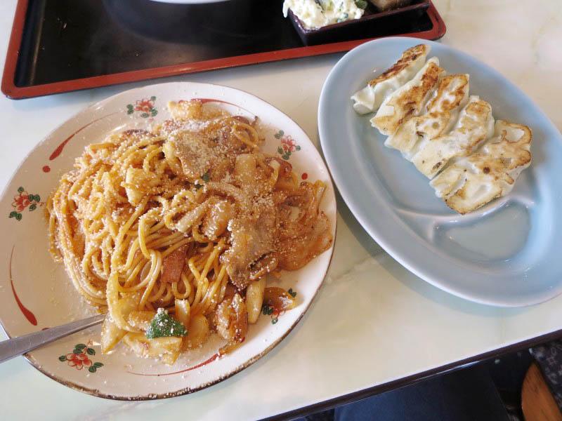 熊谷市押切「美舟」のスパゲッティナポリタンと餃子