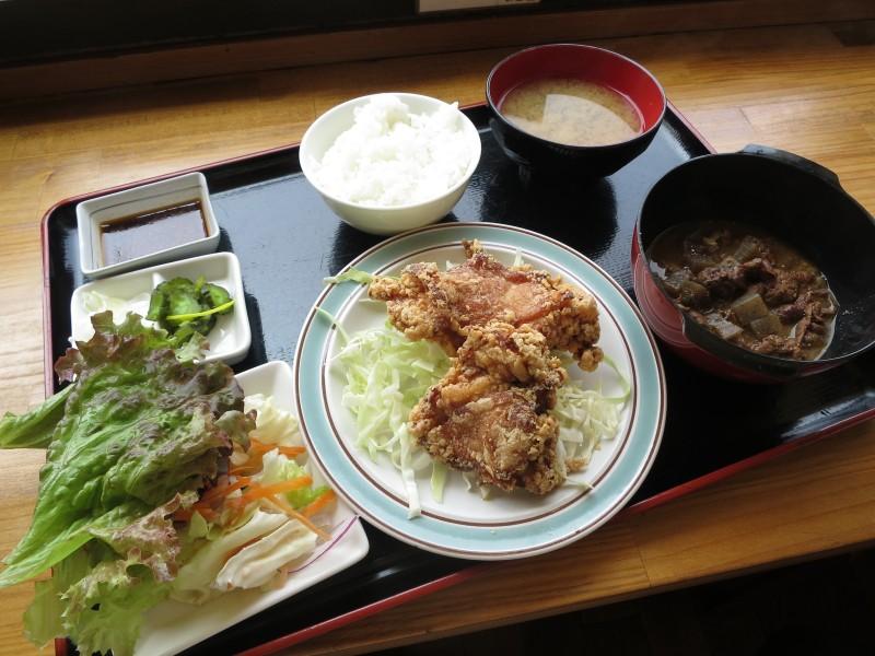 太田市古戸「だい福」のもつ煮&から揚げ ハーフ&ハーフ(Big)定食