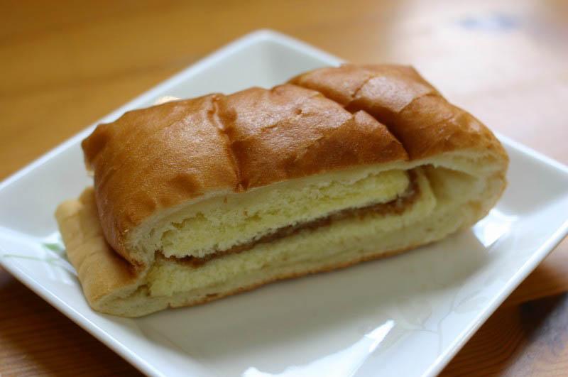 熊谷市赤城町3丁目「アルザン」のカステラパンとパン