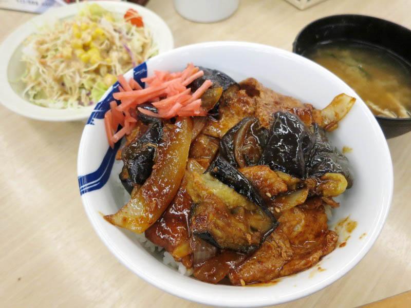 熊谷市肥塚「松屋 熊谷バイパス店」の豚と茄子の辛味噌炒め定食 2015