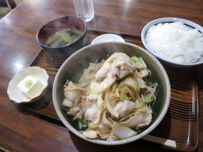 東松山市松山町2丁目「ニュー北味」のスペシャル定食