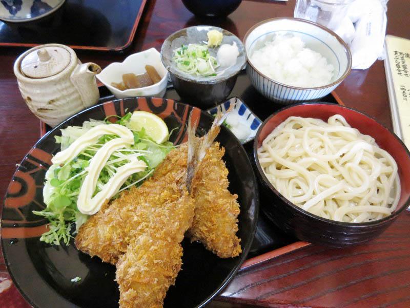 熊谷市中奈良「尾張屋」のアジフライ定食(二枚)