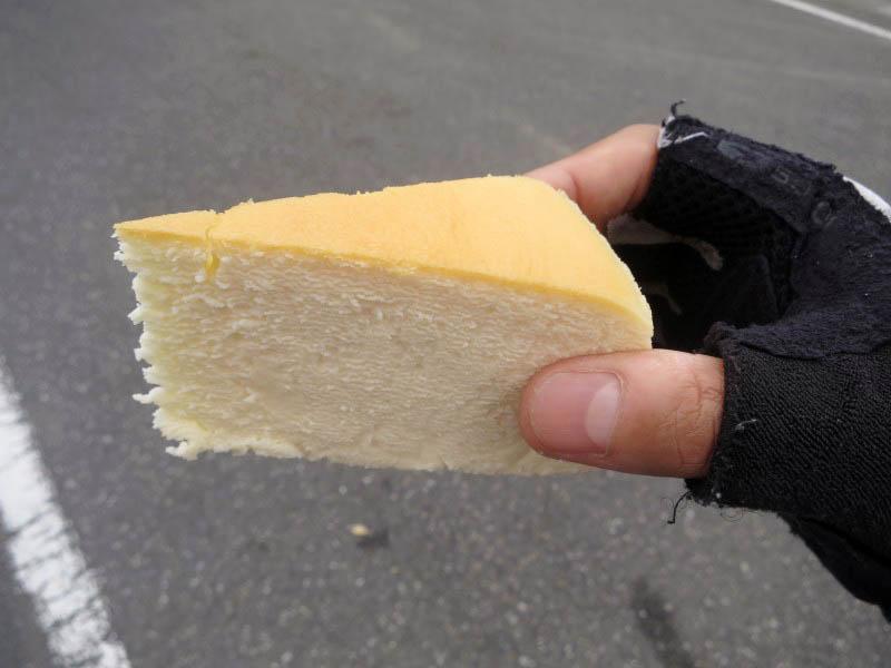 行田市清水町「ボンズ洋菓子店」のベイクドチーズケーキとケーキ色々