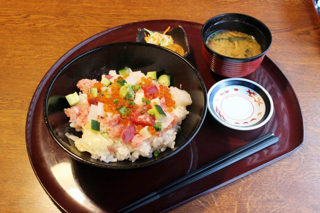 深谷市国済寺「いっちょう」の海宝丼