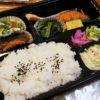 熊谷市石原2丁目「ニュー奈良屋」の手造り弁当とキャベツメンチとシューマイとポテトサラダ